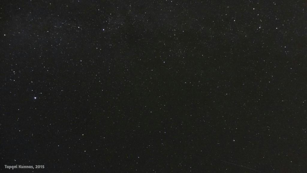Perjantai-illan tähtitaivas.