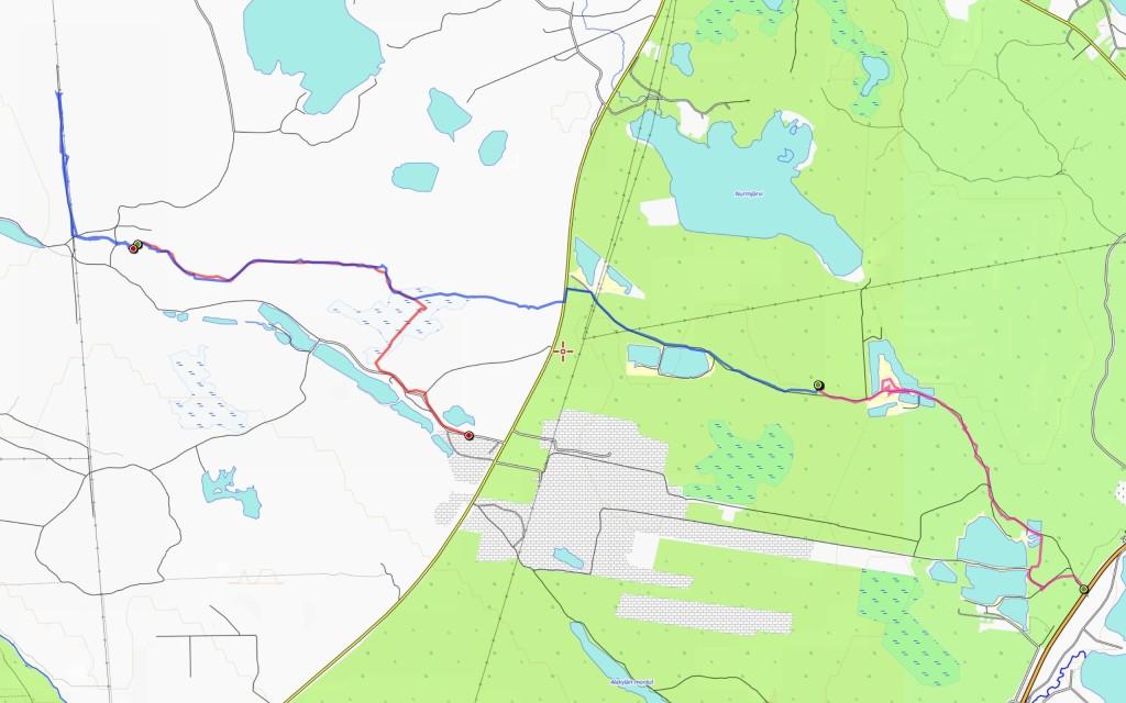 Retkireitti. Perjantain osuus (4 km) violetilla, lauantain (10 km) sinisellä ja sunnuntain (4 km) punaisella.