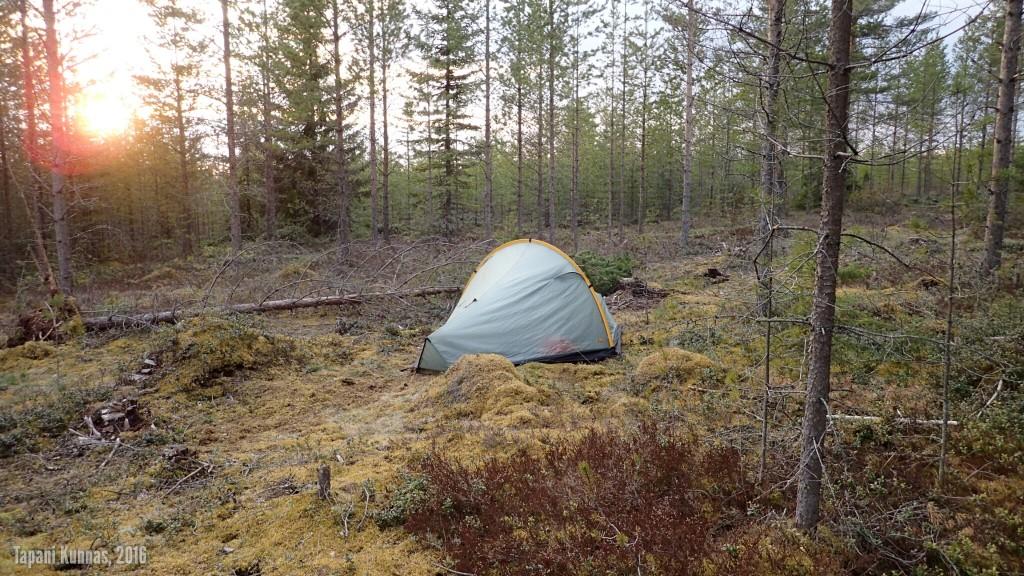 Toisen yön leiri.