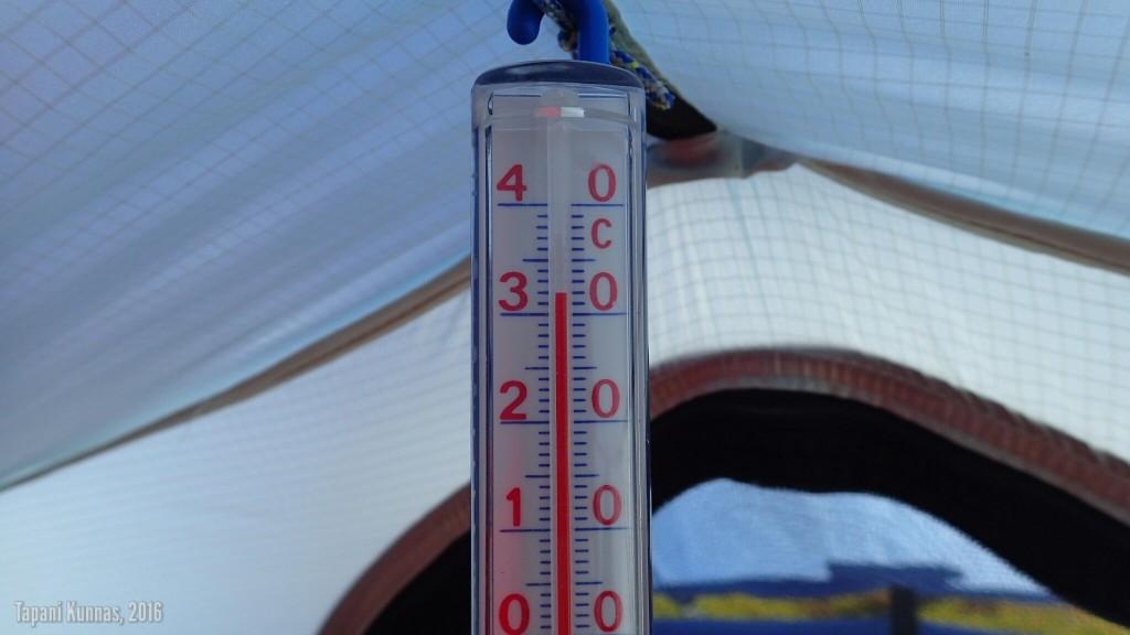 Viimeisenä aamuna teltassa tulee lämmin.