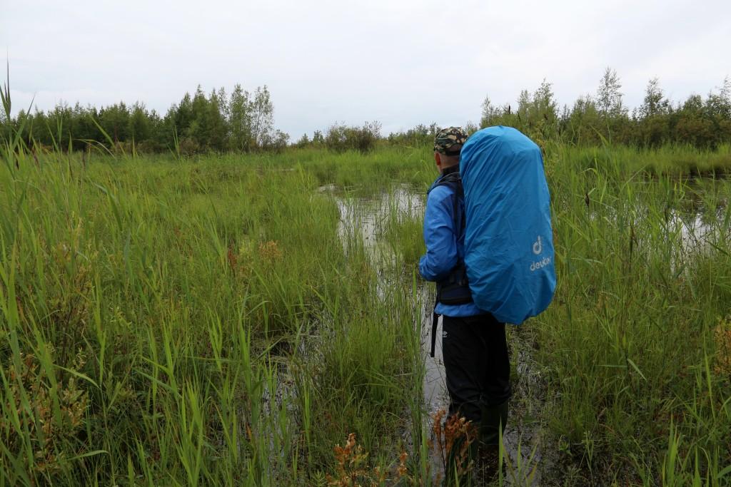 ... ja katoaa veden alle. Tästä ei nyt mennä. Kuvan otti Aki Ihanajärvi.