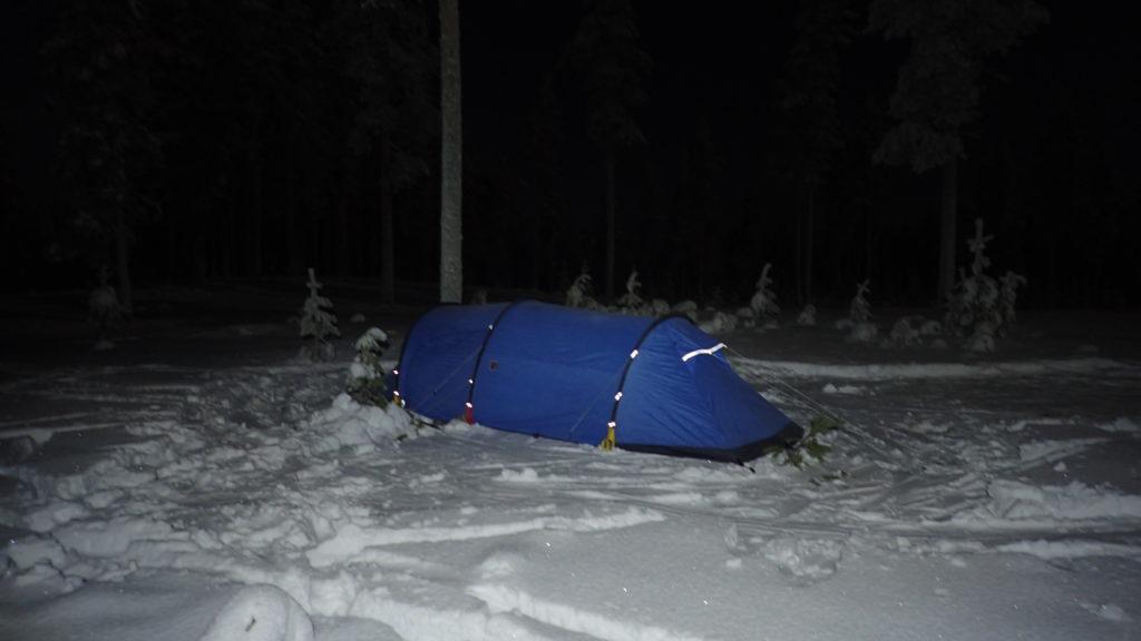 Talven ensimmäinen leiri.