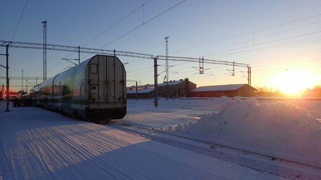 Rovaniemelle saavutaan mukavassa 11 pakkasasteen talvisäässä.